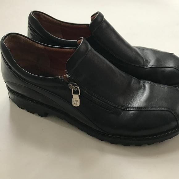 12dbd2c0239 Donald J. Pliner Shoes - Donald J. Pliner Uzip Black Leather Loafers - 9.5